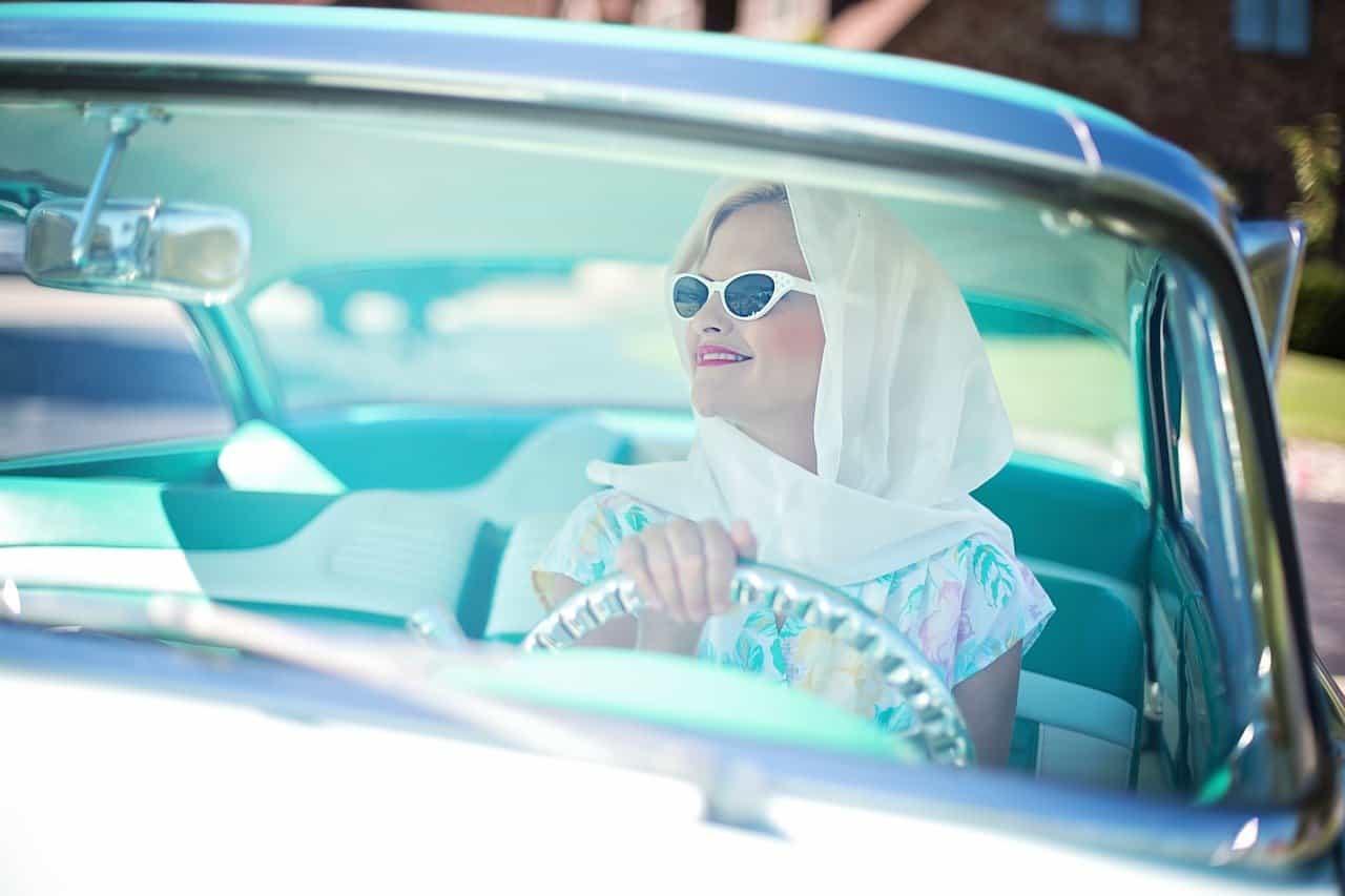 Az autózás szabadságához is hozzájárul a honvédség illetménykiegészítéssel